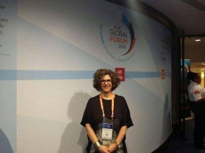 """Dina Siegel Vann: """"Este Foro Global del Comité Judío Americano es un espacio histórico"""""""