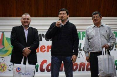 Losada present� la Agencia Universitaria en Hohenau Paraguay