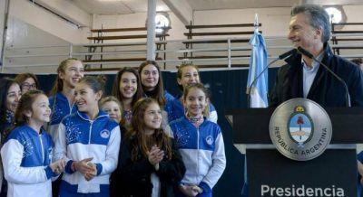 Macri apura el subsidio a los clubes para desactivar la protesta de los intendentes