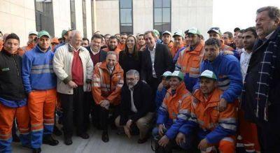 Acompañada por intendentes, Vidal volvió a pisar la terminal de contenedores del Puerto La Plata