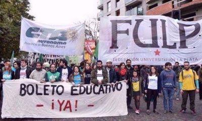 El acuerdo de Vidal y Tauber para evitar protestas estudiantiles por el boleto gratuito