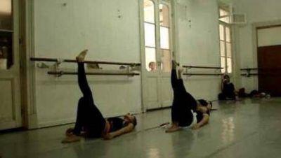 La Plata: El FAP apoya la lucha de la escuela de danzas clásicas