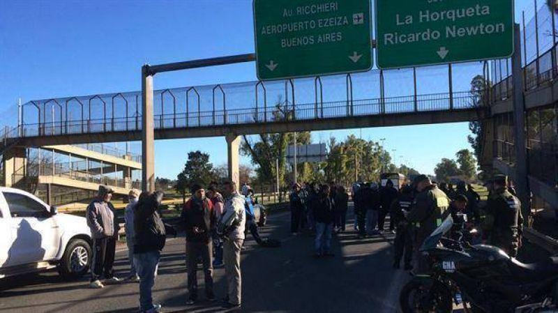 Cresta Roja: protesta en la fábrica desde donde Macri vetó la ley antidespidos