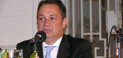 Cellillo apunt� contra sus ediles d�scolos por las tasas y dijo que �no van a lograr� desfinanciar el Municipio