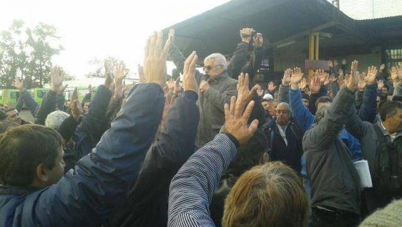 """Ecotrans: """"Que el ministerio de trasporte defina una salida contra el desguace"""""""