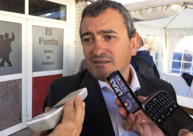 Reclamo a Camuzzi: Rojas apoya a Verna