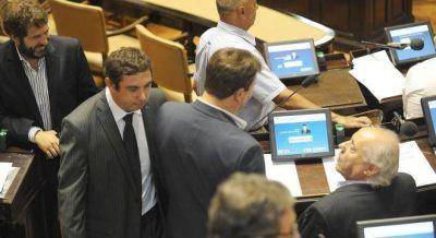Randazzo mandó a un diputado a votar los límites a las reelecciones y volvió a estallar el kirchnerismo