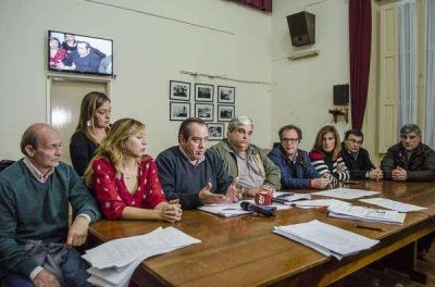 """El incremento de la Tasa Urbana no se pudo tratar por el """"cambio de opinión"""" de Urquiza"""