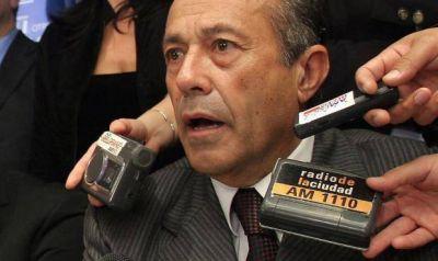 Rodr�guez Sa� y Pichetto le piden a Macri pagar la baja de IVA a jubilados