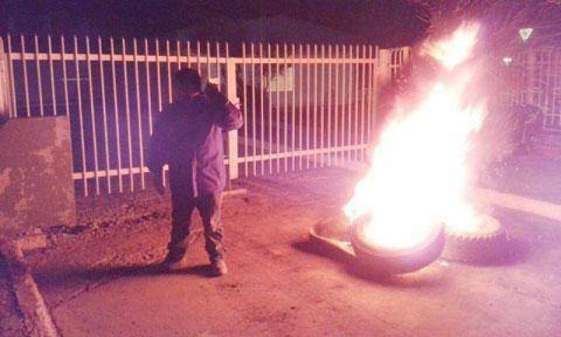 Petroleros jerárquicos iniciaron medidas de fuerza contra YPF