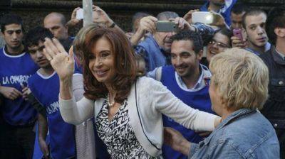 Cristina Kirchner publicó una dura carta contra el proyecto del Gobierno para el pago a jubilados