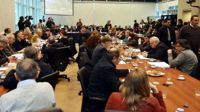 Acuerdo en Diputados para que los empleados no paguen Impuesto a las Ganancias con el aguinaldo