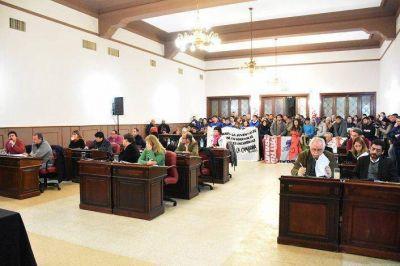 La oposici�n reuni� los votos y ratific� el boleto estudiantil gratuito