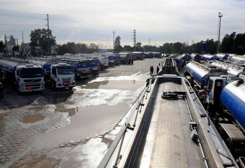 Camioneros ratific� paro y hay peligro de desabastecimiento de combustible