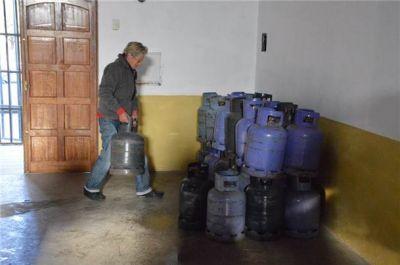 El municipio comenzó con el traslado de la garrafa social en los barrios