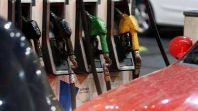 Este viernes, podría faltar combustible en Santa Fe