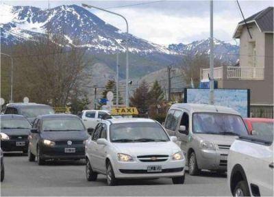 Baja en el impuesto automotor para taxis y remises