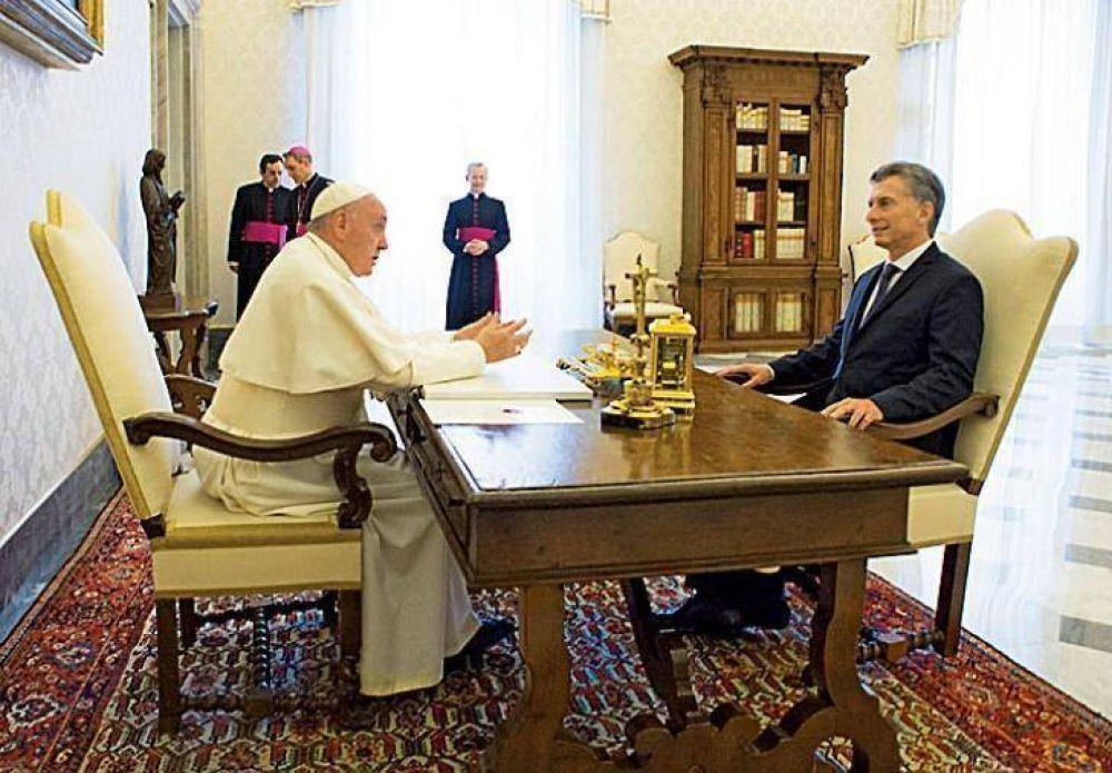 El Papa se enojó y el Vaticano analiza devolver una donación del Gobierno