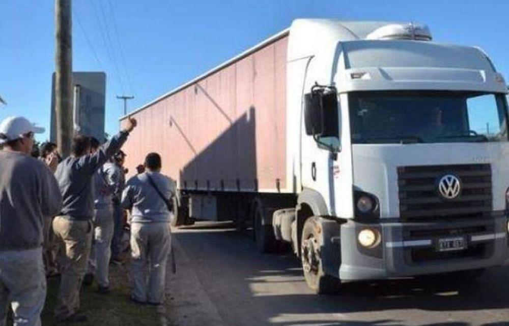 Camioneros evaluarán un nuevo paro esta semana