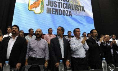 El PJ camino a dividirse en la Legislatura
