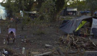 """Docenas de familias usurpan terrenos: """"no tenemos donde vivir"""""""