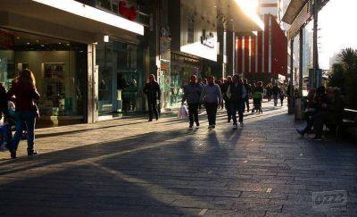 Comerciantes de la Peatonal piden que se mejore el paseo para reactivar las ventas
