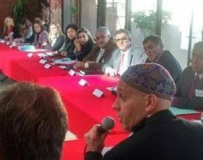 Sergio Bergman disertó en la Casa de Salta de la provincia de Buenos Aires