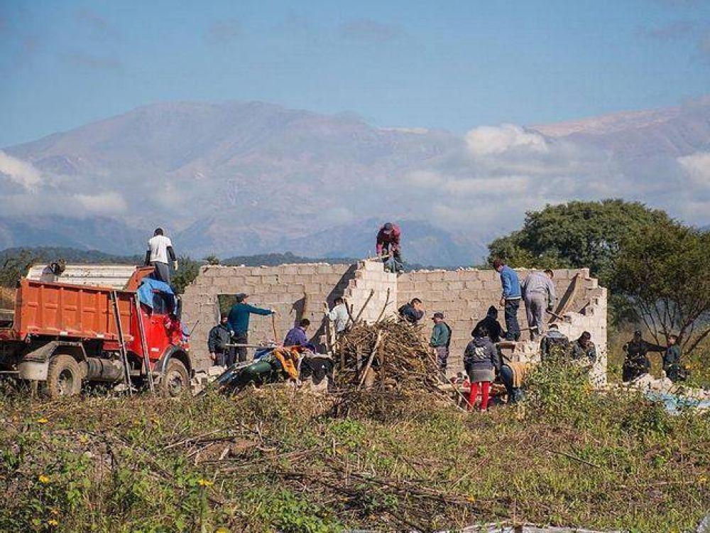 Desalojo de unos 600 usurpadores en Alto Comedero