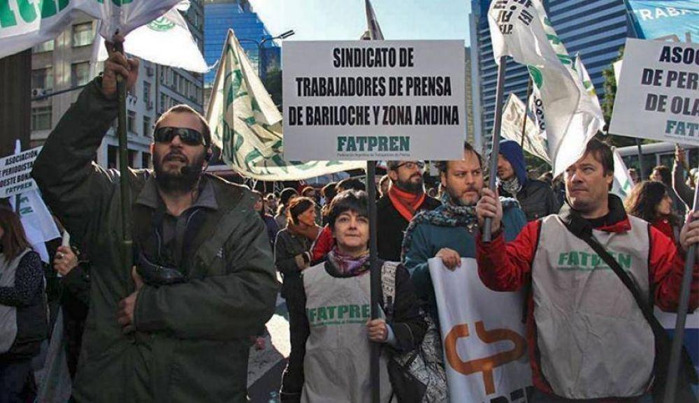 Sindicato de Prensa de Bariloche alzó su bandera en la marcha 8J