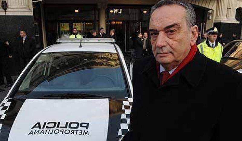 """""""El Fino"""" presentó su renuncia a la jefatura de la Policía Metropolitana"""