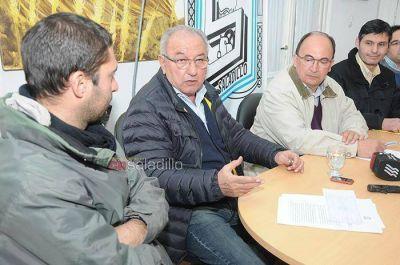 Se firmó el contrato para la 1ra etapa de obras de repavimentación de calles de la planta urbana