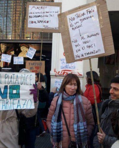 Están que explotan!!! Nueva protesta contra el bestial tarifazo de Macri