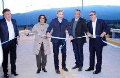 Corpacci inauguró el puente de la Ciudad Satélite