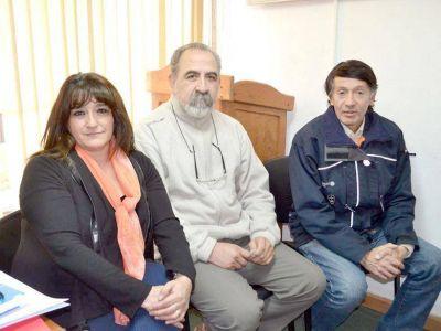 REUNIÓN EN EL MUNICIPIO: Concejales de Caleta Olivia y Pico Truncado visitaron Esquel