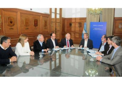 Lifschitz firm� un acuerdo con Naci�n para la construcci�n del desag�e Espora