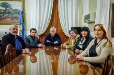 Massa mandó a unificar sus bloques en los concejos del Conurbano