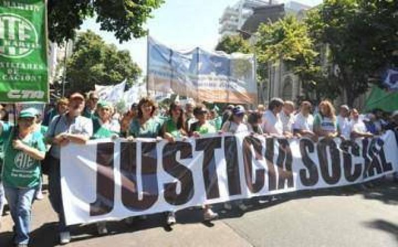 Trabajadores del Hospital Perón denuncian pacto entre CICOP y Vidal para sacar al director