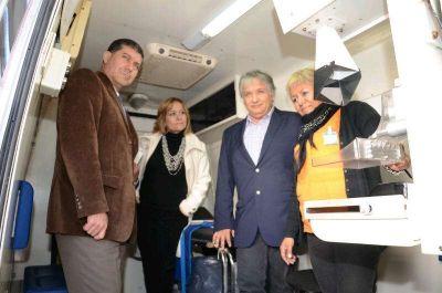 Casas y Bosetti encabezaron jornada de abordaje sanitario territorial en hospital de Los Robles
