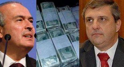 Detienen enterrando bolsos de dólares al padrino político de Carlos Cheppi