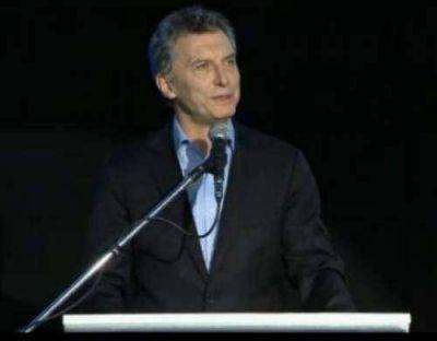 En un breve discurso, Macri reivindicó a Güemes y prometió un