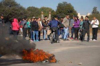 Usurpadores cortaron avenidas del Norte pidiendo terrenos