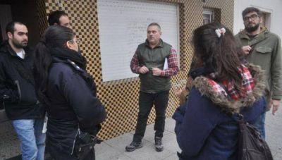 """Usurparon la Redacción de """"El Argentino"""" y dejaron a trabajadores en la calle"""