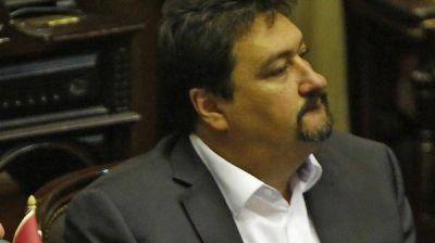Efecto López: cinco legisladores abandonaron el bloque del FPV