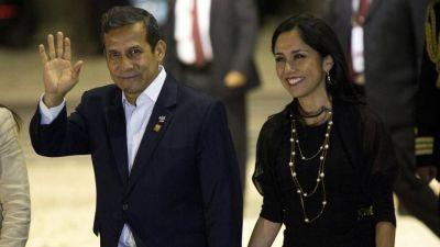 Corrupción en Perú: la Justicia prohibió que la primera dama salga del país