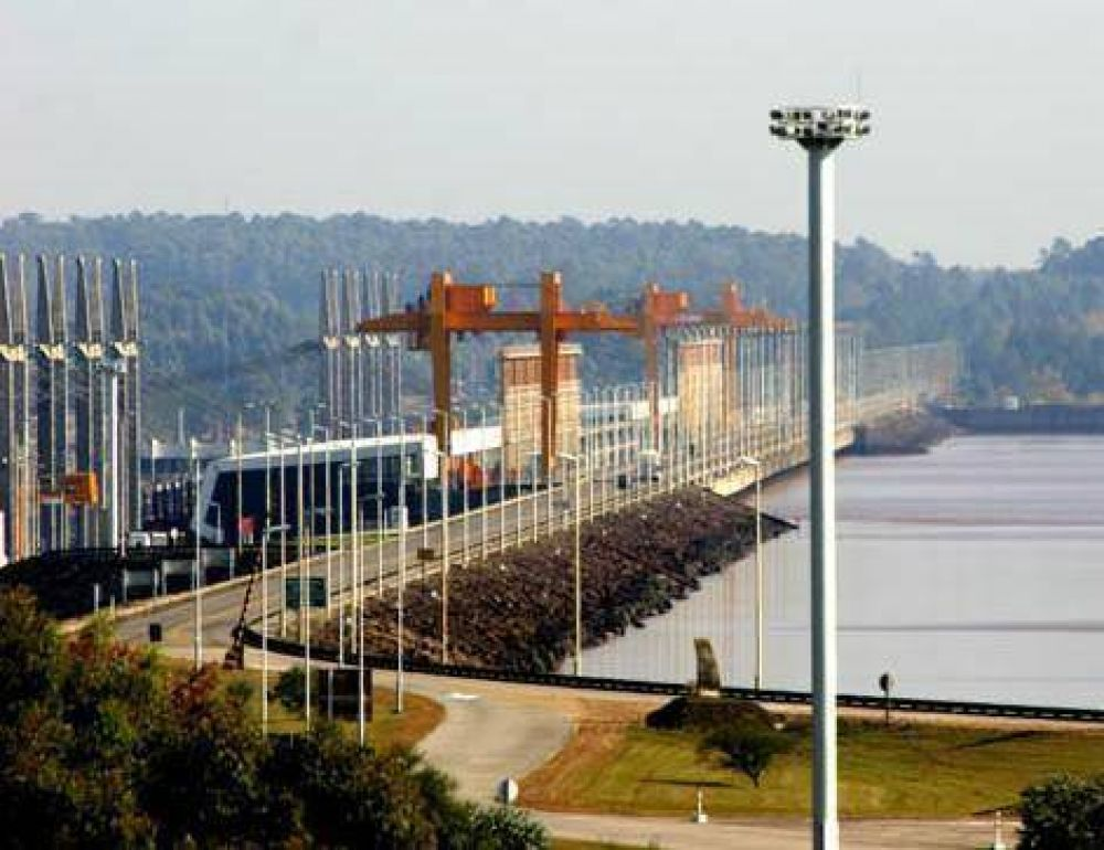 El Sindicato Argentino de Trabajadores de Salto Grande pidió la reincorporación de los cuatro despedidos de la represa