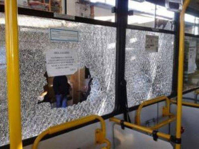 """UTA sospecha que la """"política gremial"""" está detrás de los ataques a choferes"""