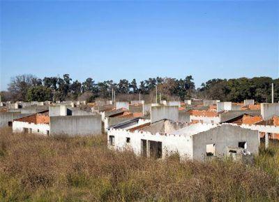 El legado de López: las viviendas sociales fantasma de La Perla