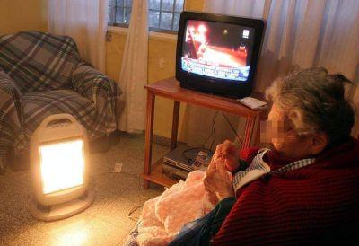 Beneficiarios de tarifa social de luz crecieron en mayo 20%