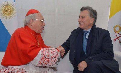En plena tensión con el Papa, Macri se mostró con un enviado del Vaticano