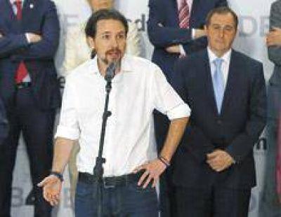 La unión de PSOE y Podemos podría echar a Rajoy